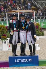Dressage Individual Medals by Sarah Miller MacMillan photography DSC 3825